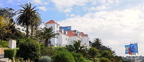 Mon French Club au Portugal Laguna Beach 3*