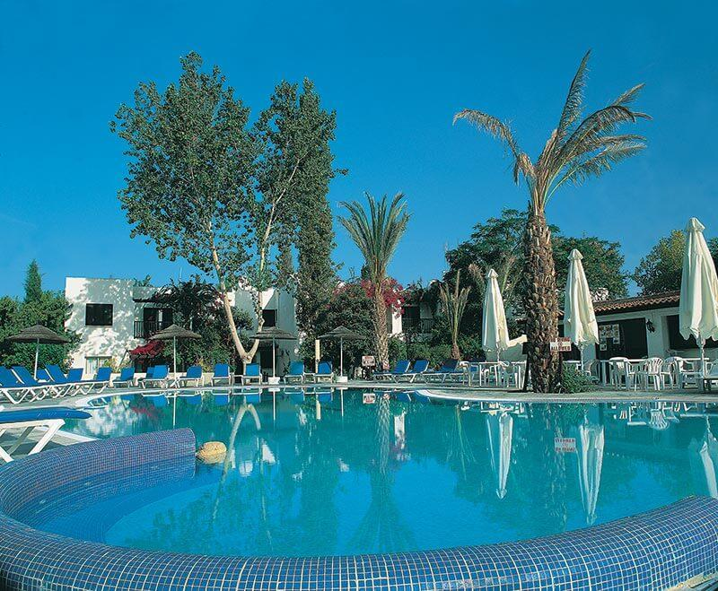 Hôtel Paphos Gardens 4*