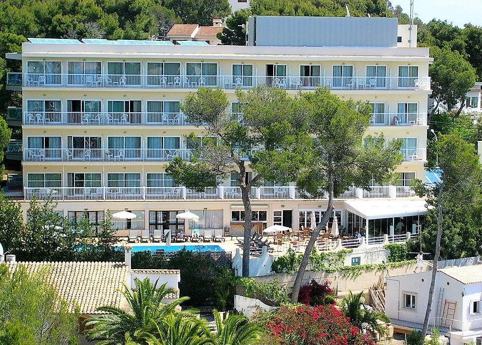 Hôtel costa portals 3*