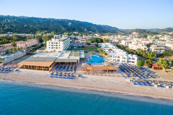 Hôtel Avra Beach Resort 4*