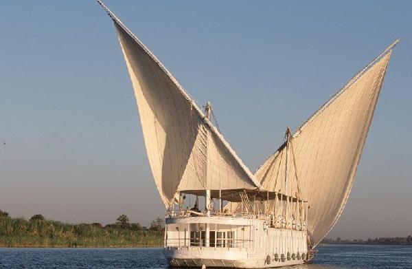 Croisière Prestige du Nil en Dahabeya et Sofitel Winter Palace