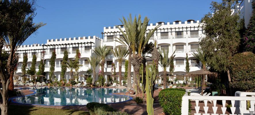 Hôtel borjs suites and spa 4*